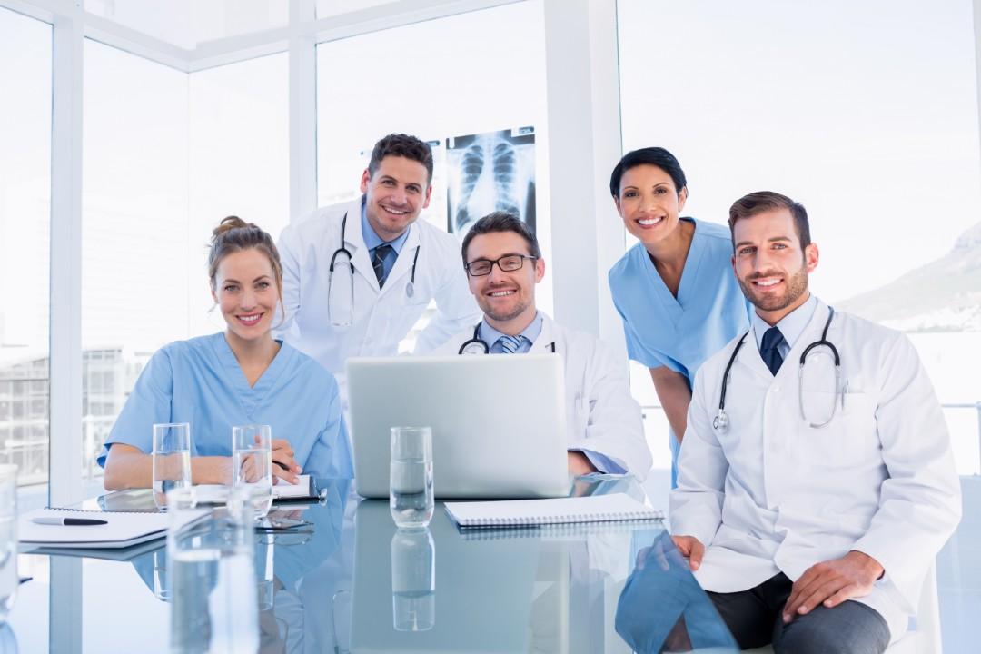 contratacion de servicios medicos costa rica